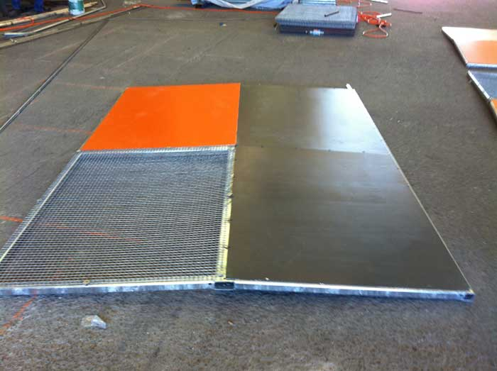 Installation overpass Anti Throw Protection Screens