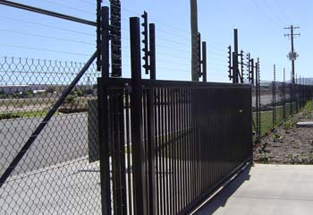 Motorised black pvc Gates