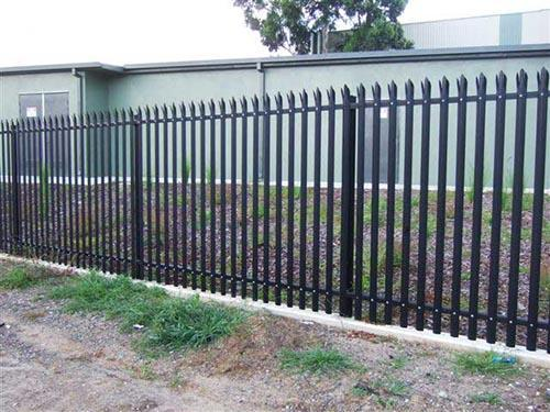 W Pale Palisade Fencing